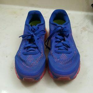 Nike air max 9.5 womans